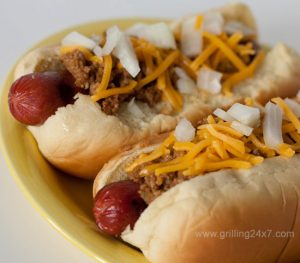 Chili Dogs with a Chili Sauce