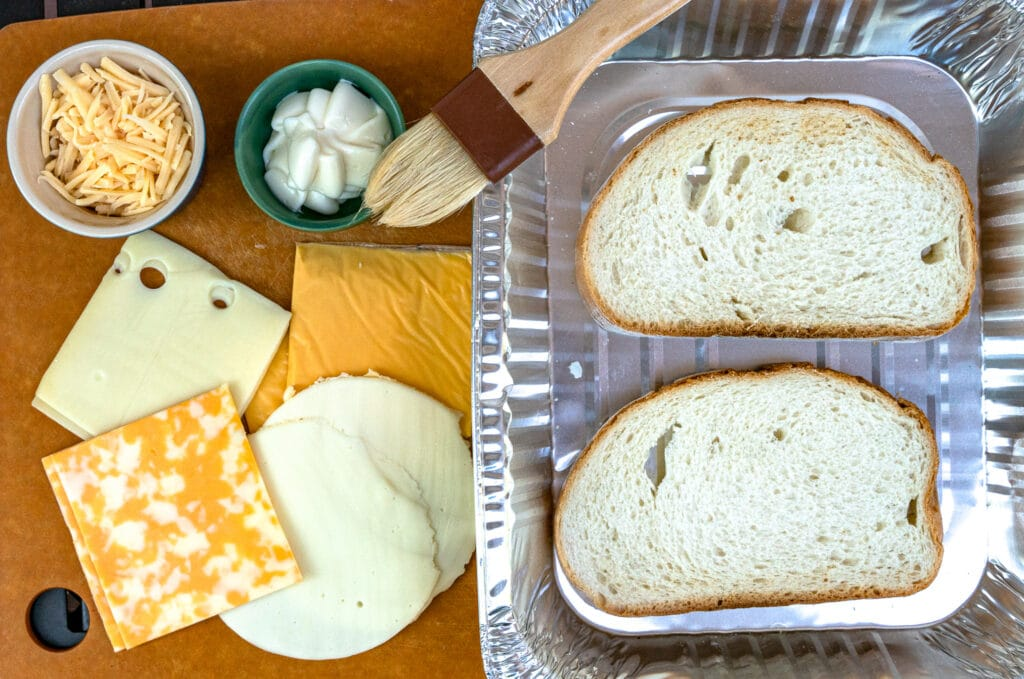Ingredients to make grilled cheese on the grill