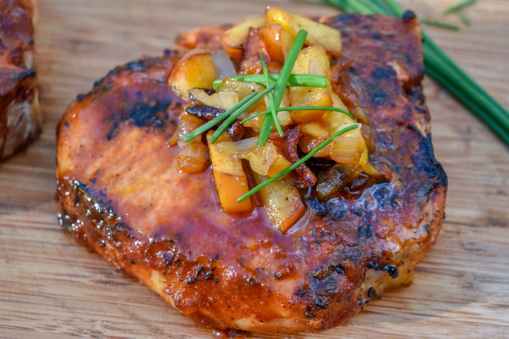 Grilled Pork Chops with Caramelized Apples and bbq sauce