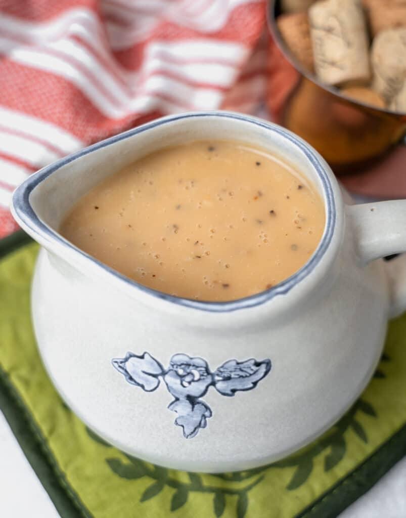 Potllikker Gravy in a ceramic gravy dish
